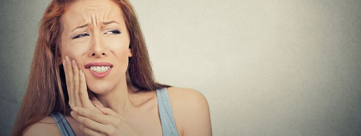 Toothache: commonest causes & treatment options.